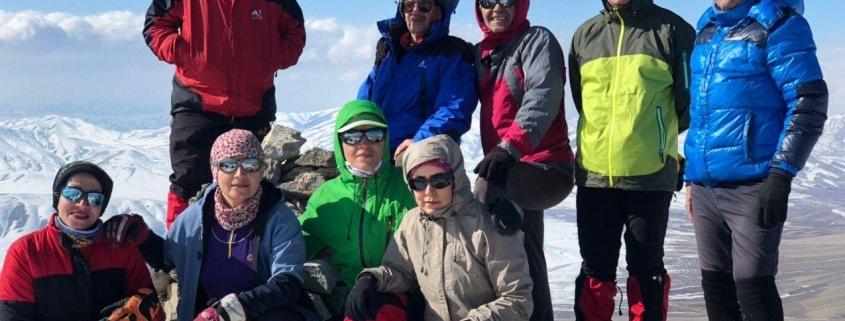 صعود به قله چال خاتون